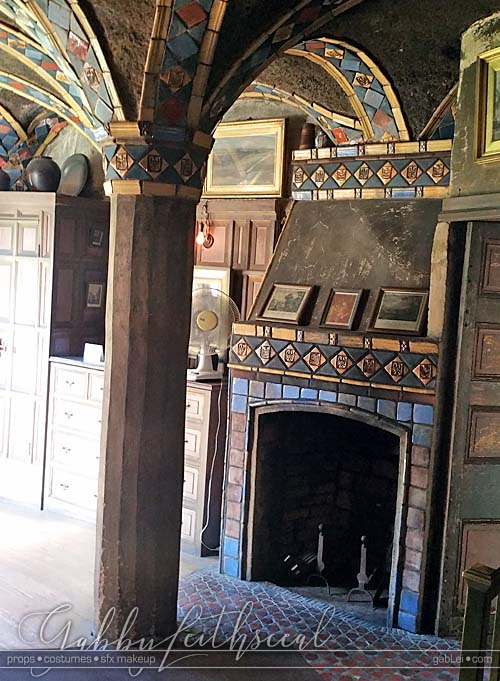 Blood-Fairies-set-fonthill-castle-another-room