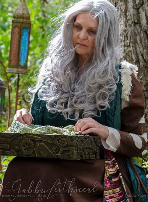 Dark-Fairytale-Grimm-Costume-Tree-Set