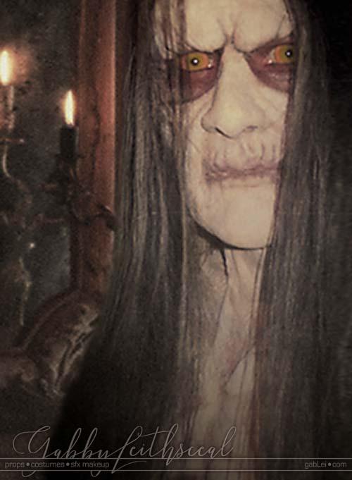 Dracula-Belmont-Costume-Makeup-Neck