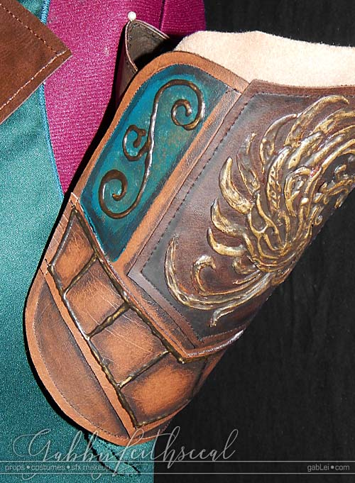 Elven-Cadet-Costume-Upper-Armband