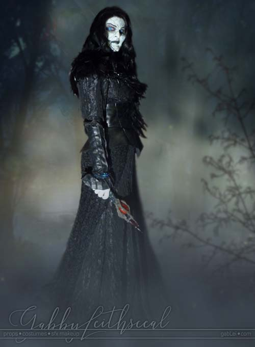 Grand-Witch-Muriel-Costume-Makeup
