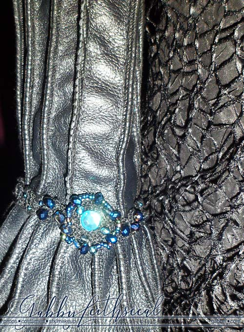 Grand-Witch-Muriel-Costume-Sleeve-Closeup