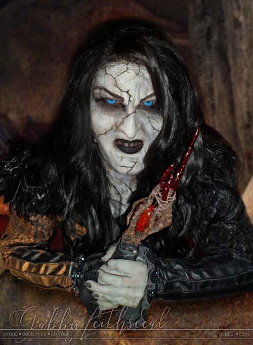 Grand-Witch-Muriel-Makeup-Closeup