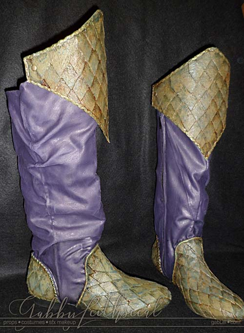 Green and purple scale armor slouch boots for the green goblin costume.