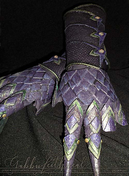 Green and purple two finger scale mail gauntlets for the green goblin costume.