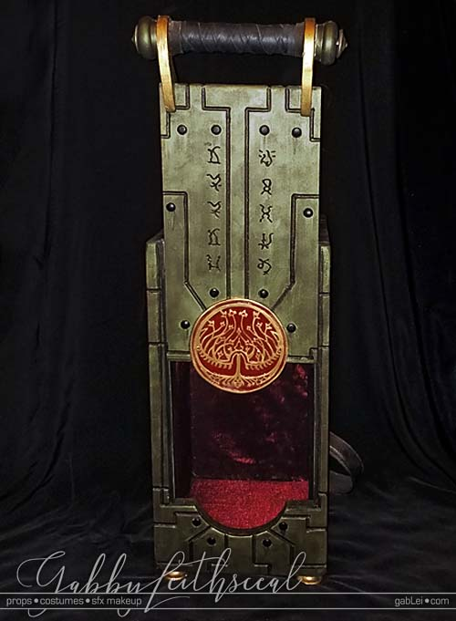 Hellboy-II-Cosplay-Props-Toothfairy-Box-open