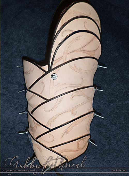 LOTR-Costume-Leather-Bracer-Shaping
