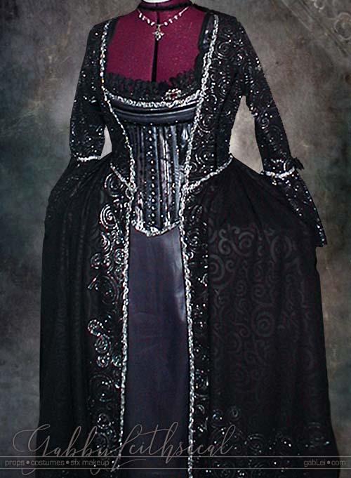 Masquerade-Costume-Queen-Corset-Underskirt-Overdress-Hips
