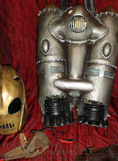 Rocketeer-Costume-Finished-Accessories