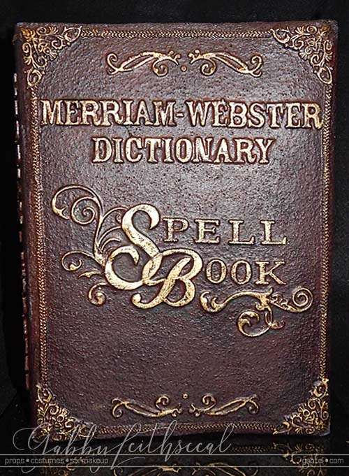 Video-Prop-Scripps-National-Spelling-Bee-Book-Front