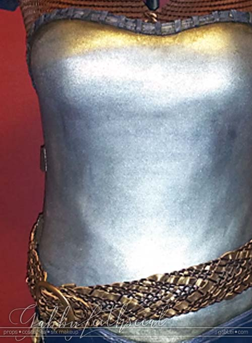 Zelda-Impa-Costume-Closeup