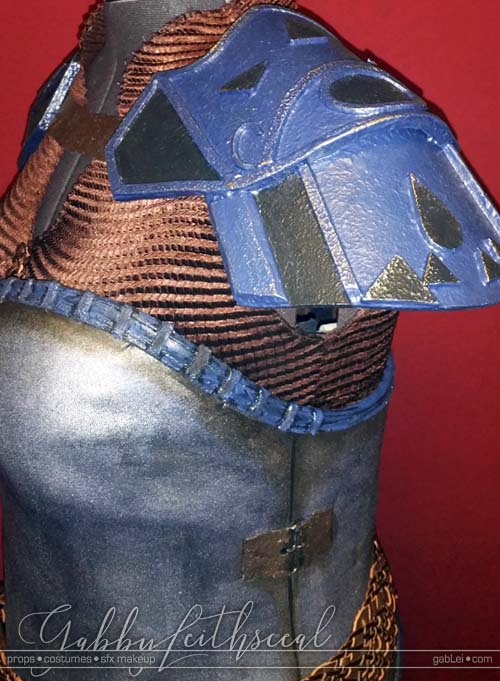 Zelda-Impa-Costume-Shoulder